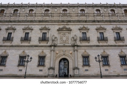 facade of a 14th century building in the city of Toledo, Spain.