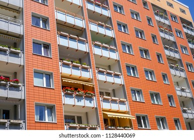 Facade of a modern apartement building in Hamburg, Germany