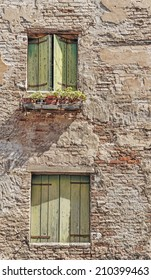 Facade of the old Italian house in Venice