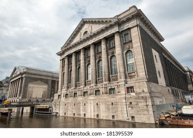 Facade of the Pergammonmuseum in Berlin. The Pergammon Museum holds a world exhibition of Greek, Roman, Babilonian and Oriental art.