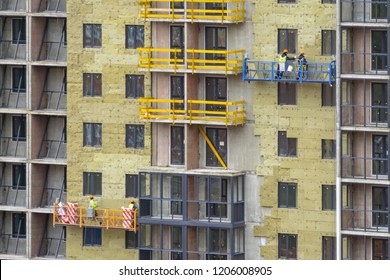 Facade work and insulation of a multistory building