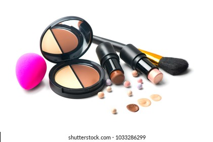 Face contouring make-up, contour. Highlight, shade, contour and blend. Makeup Contour Products, make up artist tools. Trendy glamour makeover