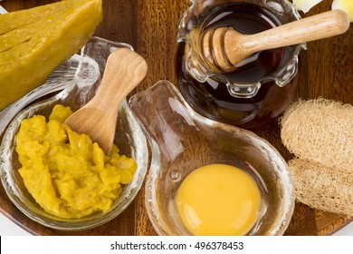 Face mask with pumpkin, honey and egg yolk (for those who have problems with wrinkles on the face).