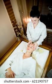 Face massage session