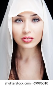 Face of sensual young woman with beautiful eyes
