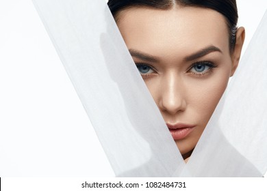 Face Skin Beauty. Beautiful Woman With Natural Makeup