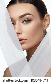 Face Skin Beauty. Beautiful Woman With Natural Makeup