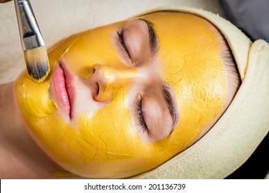 facial mask treatment