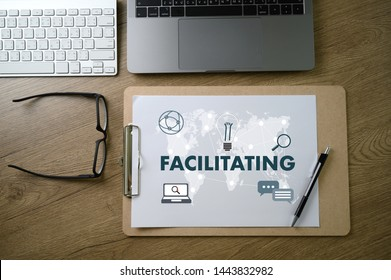 FACILITATING on table Facilitation secrets