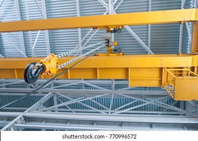 Factory overhead crane hook and chain