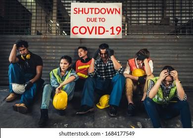 Fabrikschließung infolge des Ausbruchs der Coronavirus-Krankheit 2019 oder COVID-19. Konzept der Wirtschaftskrise, Arbeitslosigkeit und Produktion von Menschen