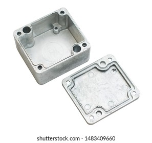 factory-molded metal part with lid