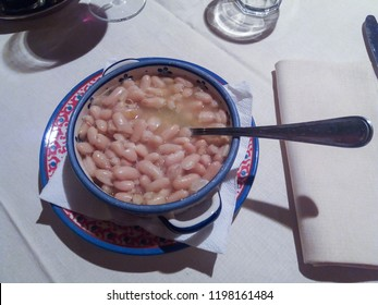 Fagioli all'olio - white beans cooked in the Florentine way