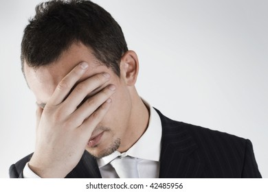 failure of a young businessman that try to close his face