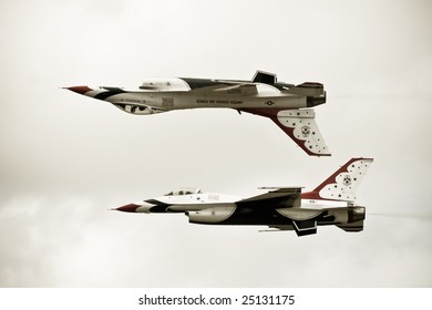 FAIRFORD, UNITED KINGDOM - JULY 14: For the first time in history, the USAF Thunderbirds aerobatics team performs at the Royal International Air Tattoo July 14 and 15, 2007 in Fairford.