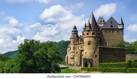 Fairy tale castle in the Eifel
