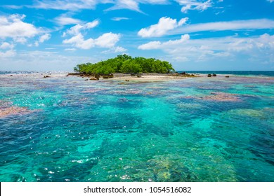 Fakarava, Tuamotu Archipelago, French Polynesia