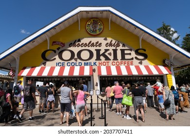 Falcon Heights, Minnesota - August 30, 2021: Crowds line up for chocolate chip cookies from Sweet Marthas Cookie Jar at the Minnesota State Fair
