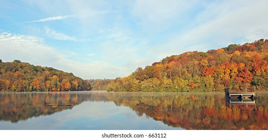 Fall color's reflecting in lake