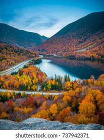 Fall colours in Franconia Notch State Park   White Mountain National Forest, New Hampshire, USA
