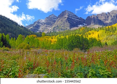 Fall Foliage with Aspen Trees, Maroon Bells, Colorado Rocky Mountains