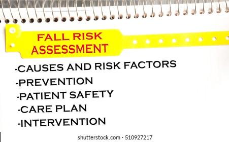Fall risk assessment bracelet