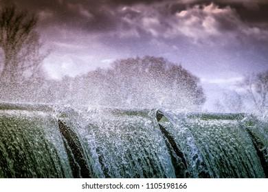 falling water cascade
