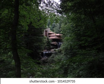Fallingwater House Outside View