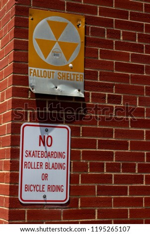 Fallout Sign and No