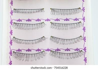 False eyelashes in box