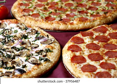 family deal pizza