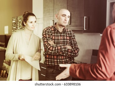 Family dissatisfied with the quality of the goods in kitchen furniture  store