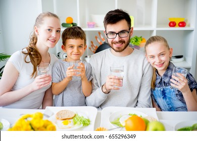 Family drinks water