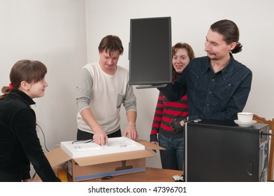 In a family event: are going to connect the new computer.
