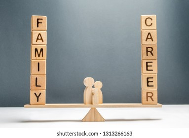 Family figures stand on scales between career and family. Conceptual balance in life, increasing attention to family and children, limiting working hours per week. Family destruction, workaholic