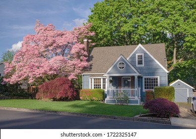 Family home and garden in Gresham Oregon surrounded in Spring colors.