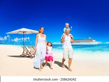 Family Summer Vacation Paradise Beach Happiness Concept