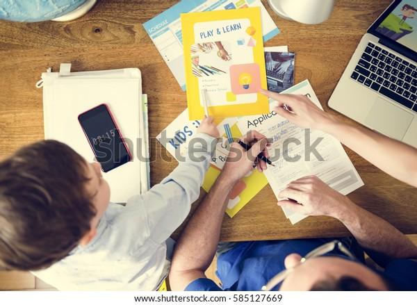 Famiglia Insegnamento Son Tecnologia Homeschooling