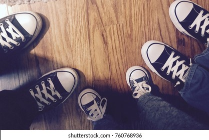 A family that chucks together, stays together
