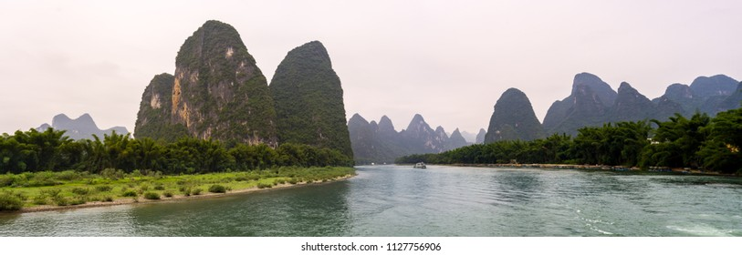 Famous 20 yuan bill view of Li River near Yangshuo and Xing Ping, China
