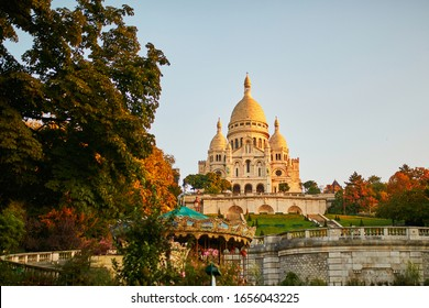 Basilique célèbre du Sacre-Coeur le jour de l'automne, Montmartre, Paris