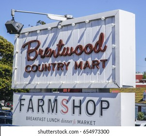 Famous Brentwood Country Market in Los Angeles - LOS ANGELES / CALIFORNIA - APRIL 20, 2017