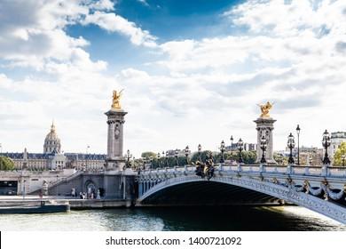 The famous bridge in Paris