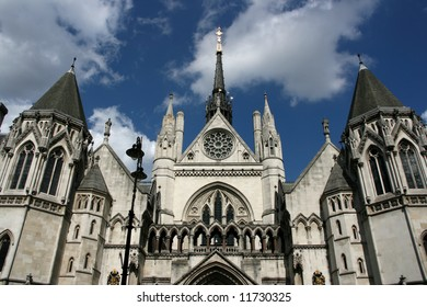 Famous building in London: Royal Court of Justice