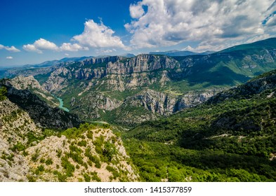 Famous Canyon du Verde between mountains in France