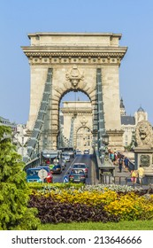 The famous Chain Bridge across the Danube in Budapest, Hungary, Europe.