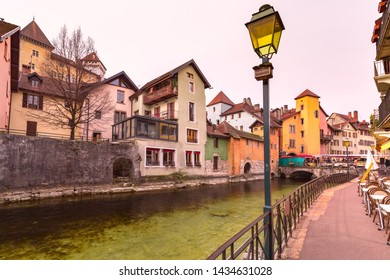 Famous colorful houses and Thiou river in the morning in old city of Annecy, Venice of the Alps, France