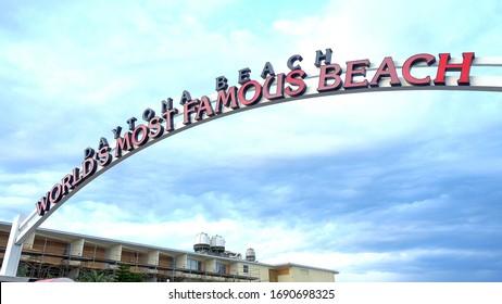 Famous Daytona Beach Entrance sign