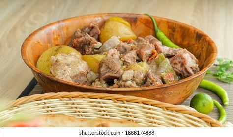 Famous Desi Indian and Pakistani food Dum pukht - Shutterstock ID 1888174888