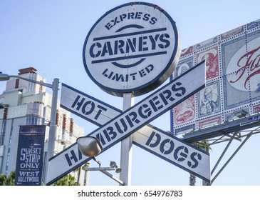Famous Fast food restaurant in a train wagon - Carneys in Los Angeles - LOS ANGELES / CALIFORNIA - APRIL 20, 2017